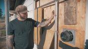 Американский фотограф превратил заброшенный дом в фотокамеру